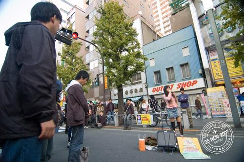 Akihabara aspiring singer